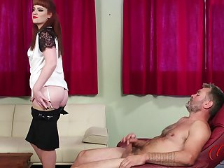 Amateur redhead Zoe Page drops say no to dress to goad him finish