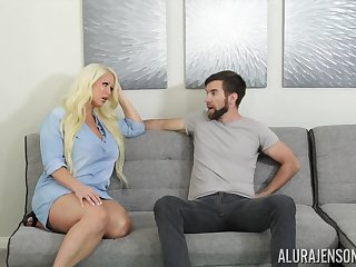 Fucking awesome housewife Alura Jenson gives a blowjob together with boobjob