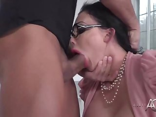 Big-Chested dark-haired cougar is getting beaten as a substitute for of conversing about a project with a co- employee
