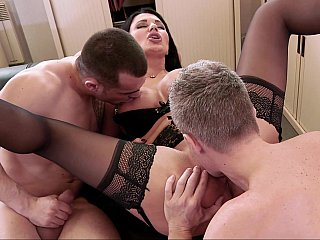 MMF with crazy hot anal