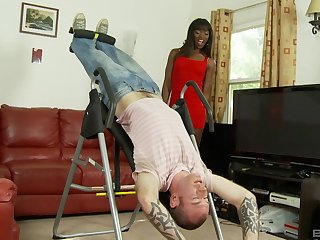 Ebony pussy of Ana Foxxx creampied in the office by her boss
