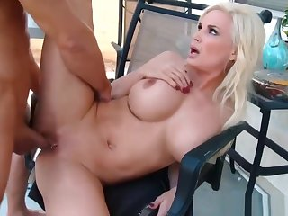 Hot Stepmom Diamond Foxx Rides Horseshit