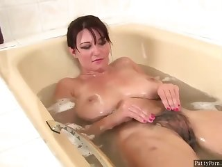 Darkhaired Vanessa In Bathroom Rubs The brush Hairy Pussy