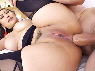 Thickalicious Asian goddess Sharon Lee seems to exalt anal sex