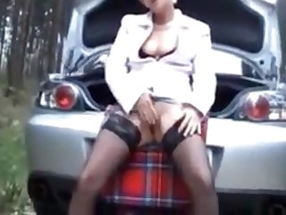 Pretty mature encircling nice tits and a nice pussy likes to receive sperm on her light