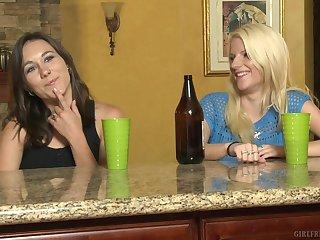 Amateur girls Haley Cummings and Alexia Rae having some lesbo fun