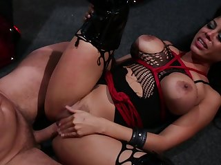 Nasty BDSM sex instalment to what place Mature catholic Luna Star gets tortured