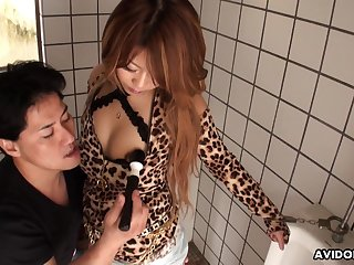 Kinky dude is toying gradual pussy of Yuria Takeda in a public toilet