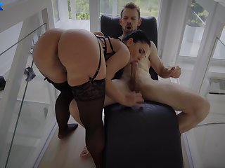 Addictive nude porn with a woman who's there in terrifying