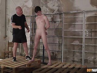 Twink leaves older man to dominate and fuck his arse